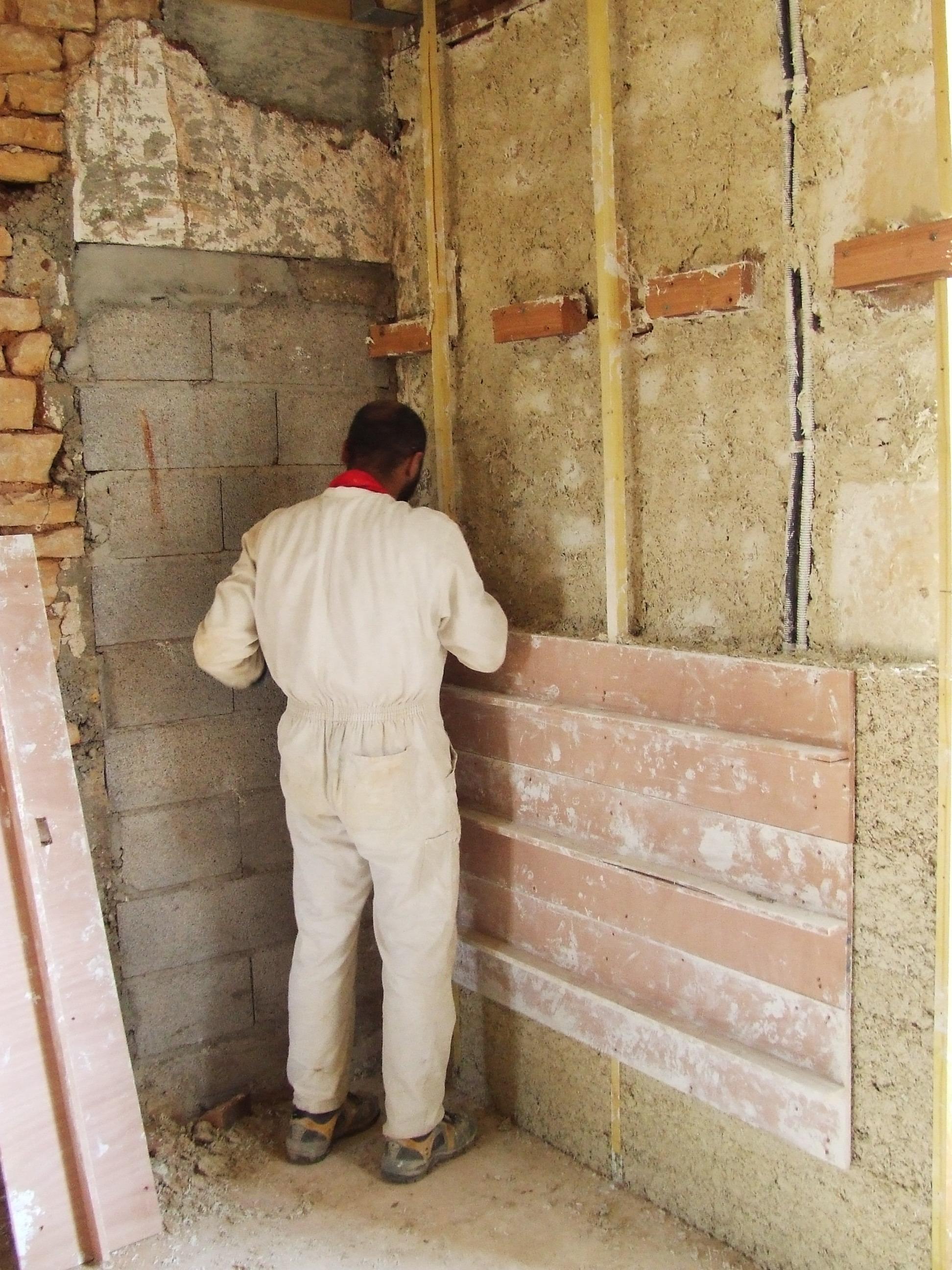 Fenetres les plus isolantes renover une maison indre et for Fenetre isolante